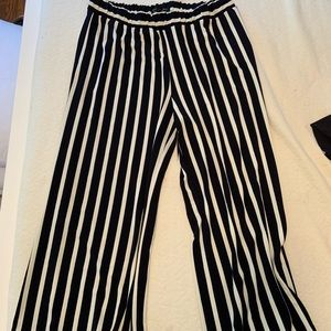 Stopped cropped flare pants